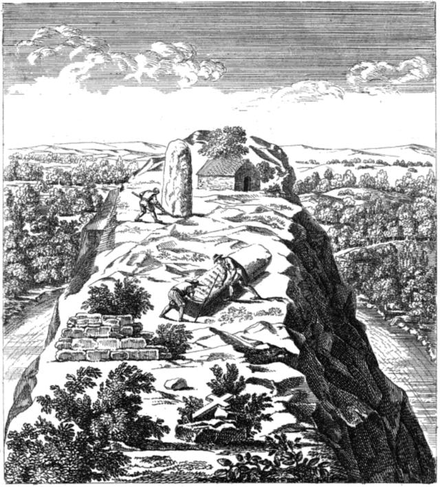 Tak wyglądało w Castennec wcześniej. Menhirów już nie ma. Ten krzyż na dole przejmuje władzę.