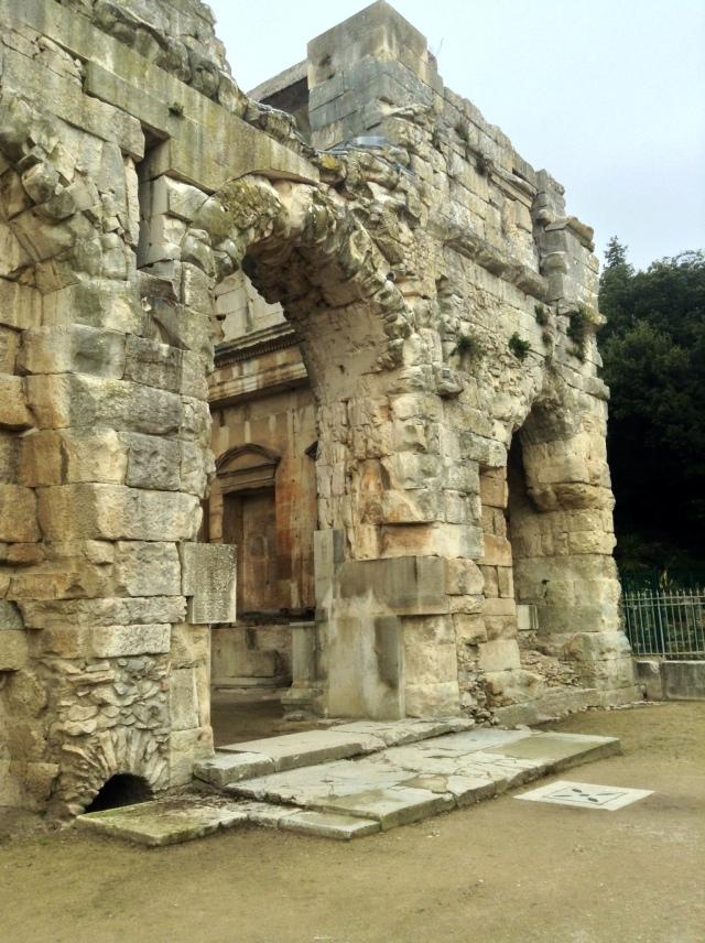 Świątynia Diany niedaleko żródła